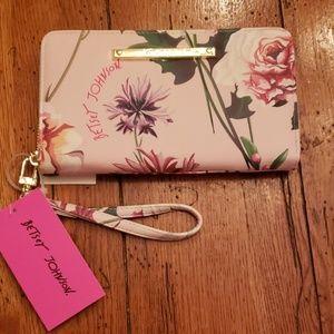 NWT - Betsey Johnson Beautiful Blush Floral Wallet